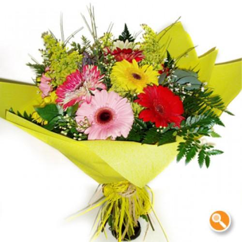 Bouquet Primavera com Gerberas Coloridas